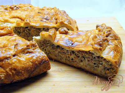 Пирог с квашеной капустой слоеное тесто рецепт